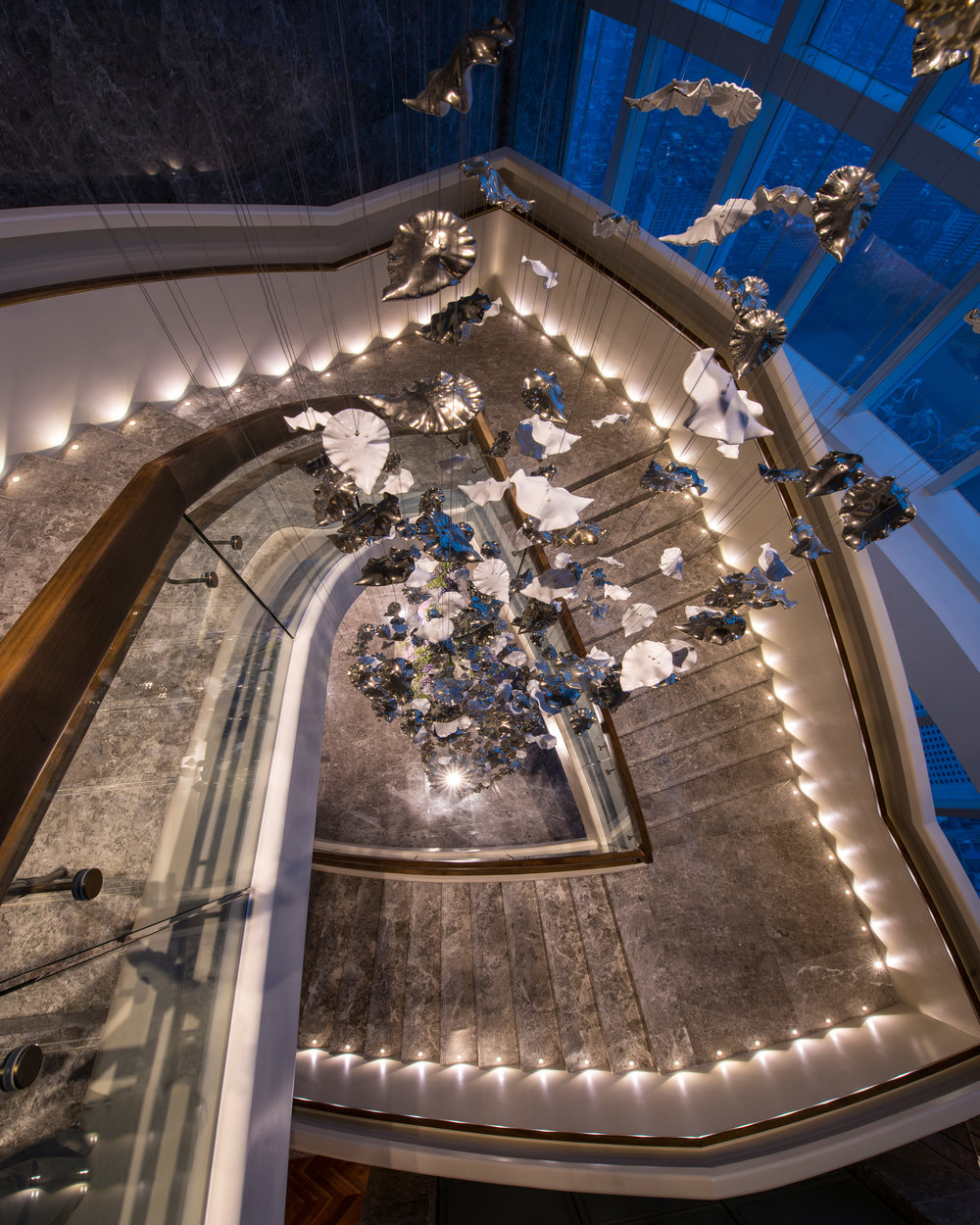 BEST LOBBY LUXURY_LOTTE SIGNIEL SEOUL KOREA_09_Grand Stairs.jpg