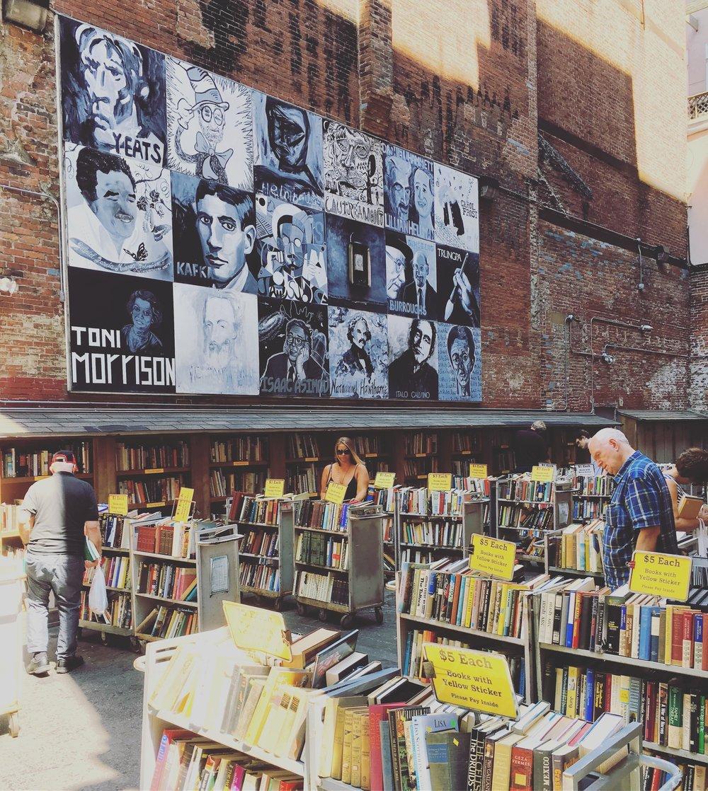 Bostonbookstore.jpg
