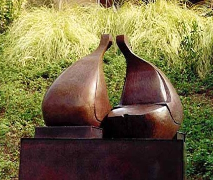 Conversation - Robert Holmes sculpture