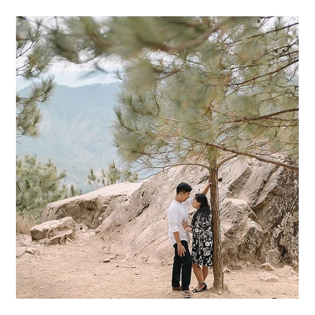 Engagement shoot at the top of Mt. Ulap www.amilonignacio.com . . . . . . . . . . . . . . . ⠀⠀⠀⠀⠀⠀⠀⠀⠀ . . . . . . . . . . .. #engagementsession #naturallight #watchthisinstagood #chasinglight #makeportraits #portraitcollective #portraitpage #ftwotw#bestwphoto #risingtidesociety #deepfeelingsmp #communityovercompetition #belovedstories #filmpalette #loveauthentic #quietthechaos #adventuresession #photobugcommunity #weddingphotomag #mountulap #mountains #mountainslovers #mountainstories