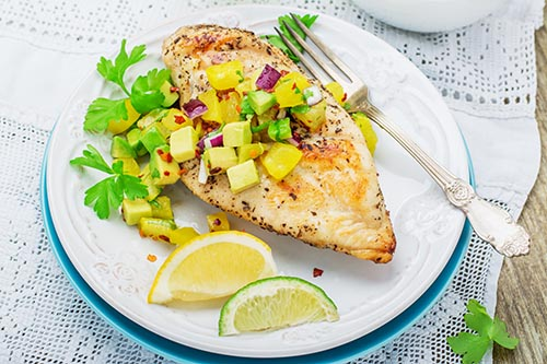 grilled-chicken-breast-with-salsa-pineapple-avocado-and-sweet-red-onion-parsley-and-cilantro