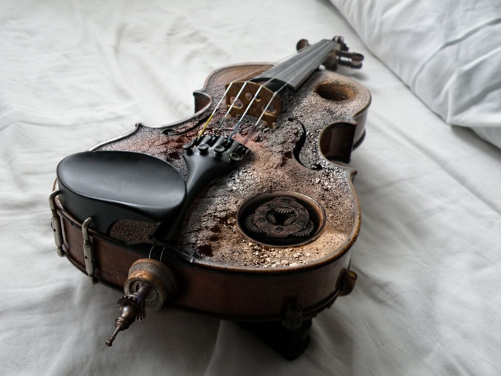 violin. Source: z s, Creative Commons