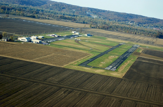 St. Charles County Smartt Airport: New Hangar and Aprons