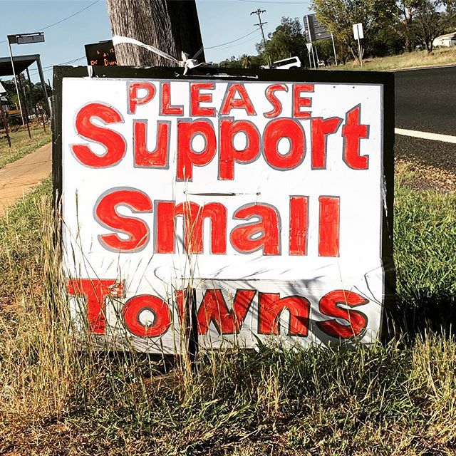 On the road to #coonabarabran for today's Ask an Arts Worker session. See you at @featherscafe from 10:30am. This sign spotted in #dunedoo. #supportsmalltowns #regionalnsw #droughtsupport #dunedoonsw #oranaregion #ontheroad #warrumbungleshire @2357_warrumbungles @coonabarabranregion #askanartsworker