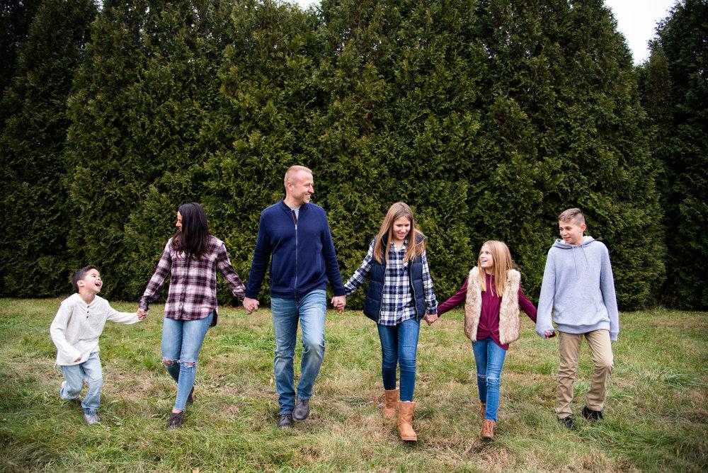 Kyla Jo Photography // Muncie, Indiana Photographer // Whitetail Tree Farm Christmas Tree Farm between Muncie Indiana and New Castle // Family Photo Session // Midwest Family Photographer