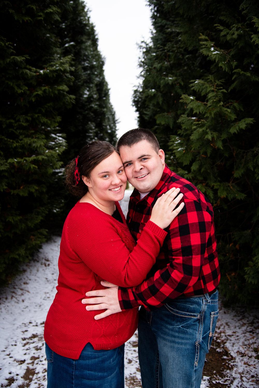 Kyla Jo Photography // Muncie, Indiana // Couple Photographer // Whitetail Tree Farm // Christmas Photos // Midwest Photographer // Indianapolis Photographer // Buffalo Plaid Christmas Outfits
