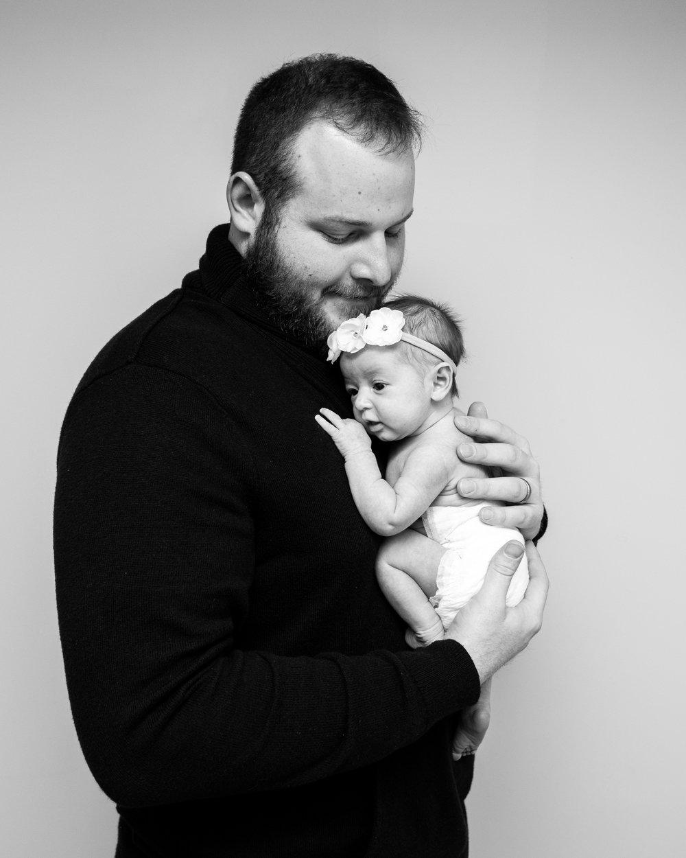 Kyla Jo Photography // Muncie, Indiana // Newborn Photos // Newborn Session // Muncie indiana newborn session // Newborn photographer muncie indiana // indiana newborn photographer // Dadin Newborn Photos