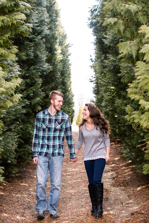Engagement Photos (10 of 42).jpg
