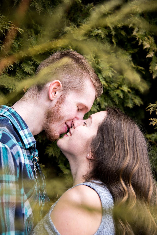 Engagement Photos (15 of 42).jpg