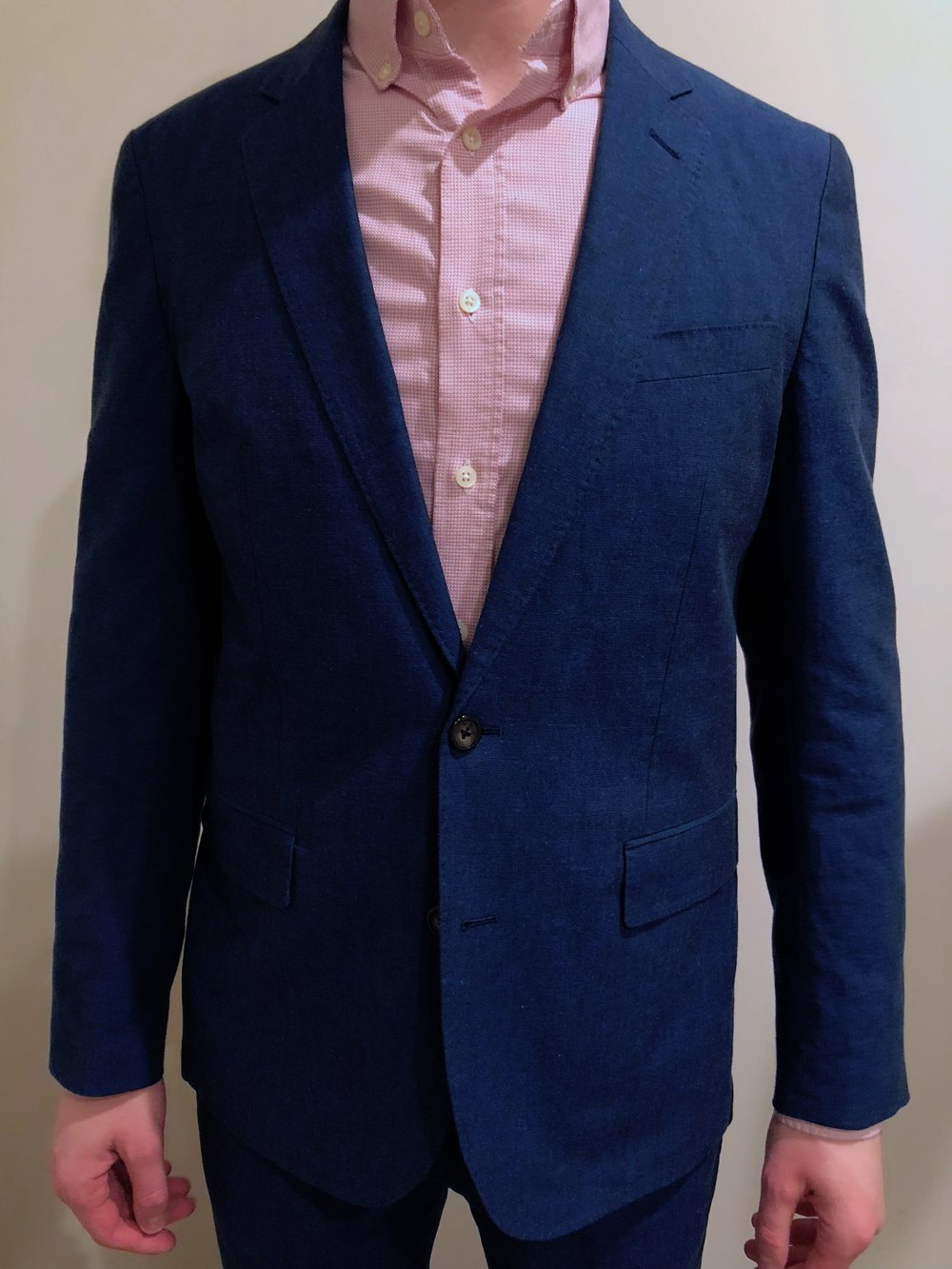 78bba2b56dd0 Overall, it's pretty standard fair for a J Crew Ludlow suit. A slightly  lowered button stance, a shorter-but-not-cropped bottom, double vents in  the back, ...