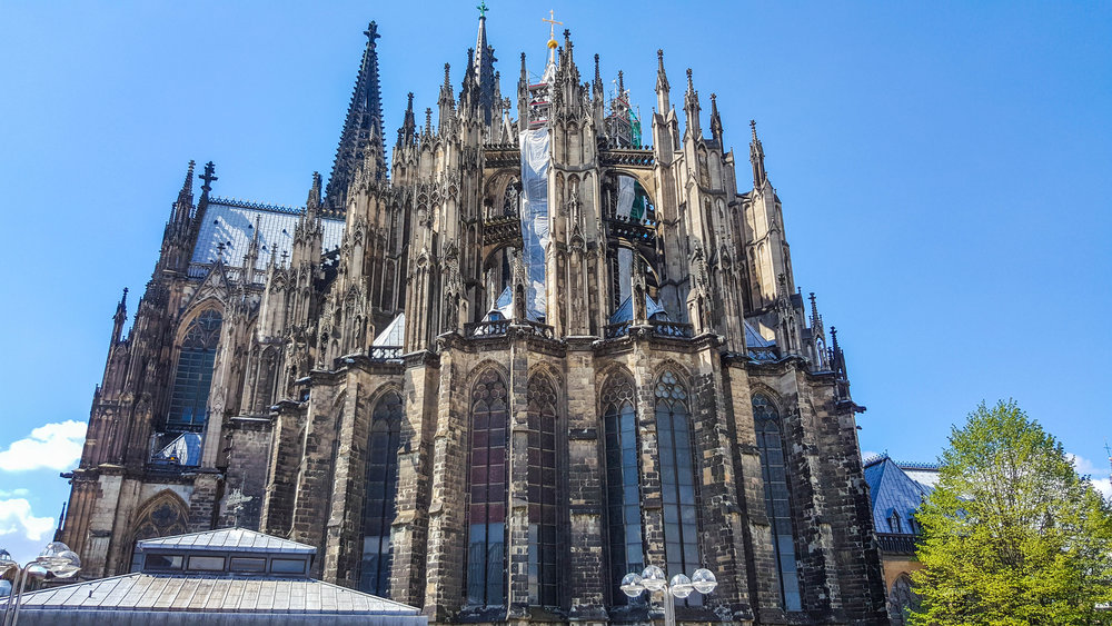 The majestic Dom (Cologne Cathedral)