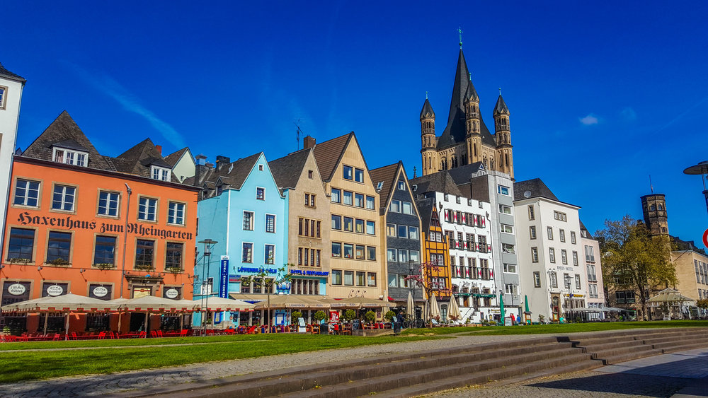 Lively restos and cafe along the Cologne river