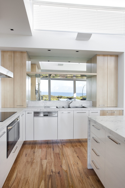 Rina Cohen Interiors, RCI Designs, Interior Design, Award Winning Kitchen, Mirrors in Kitchen