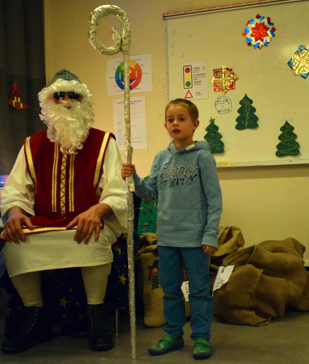 Nikolaus med stokk.jpg