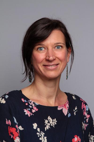Schulsekretariat - Cornelia FiedlerTel: 22 93 12 20E-Mail