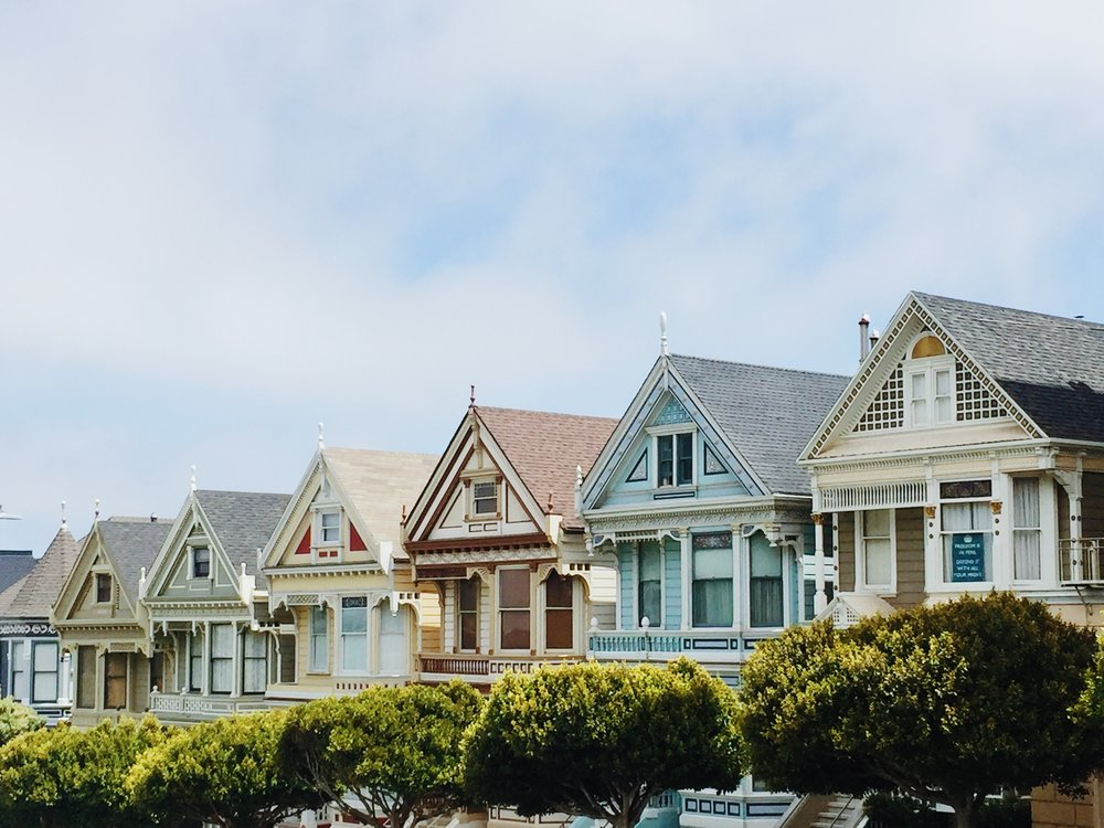 architectural-design-architecture-colorful-houses-1370704.jpg