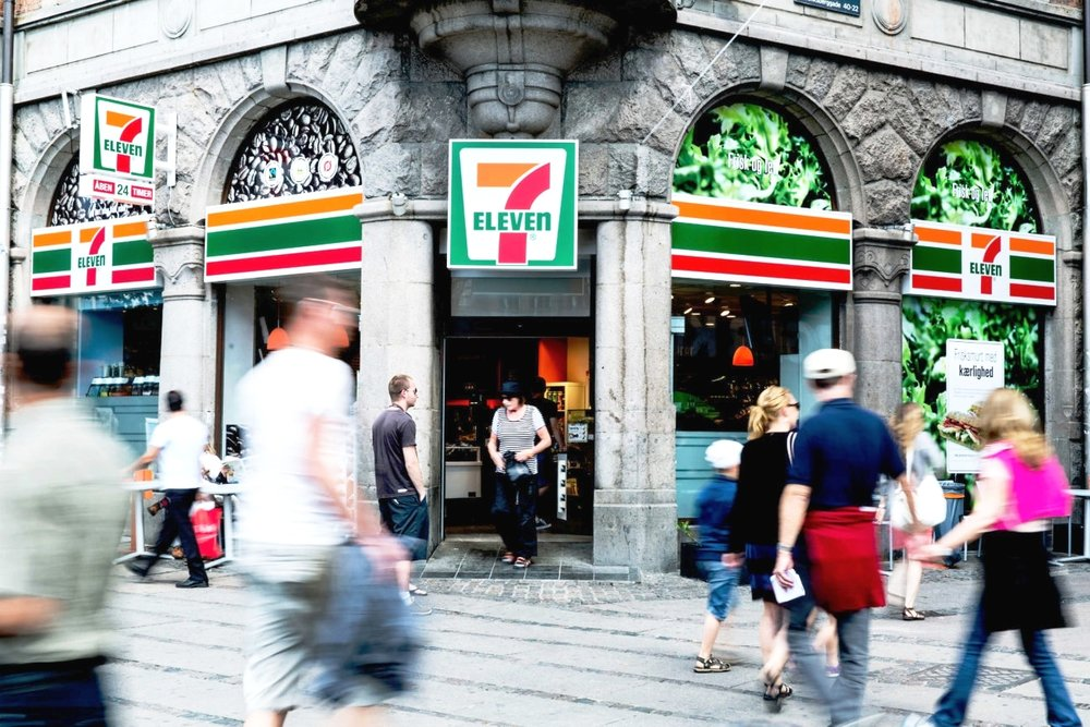 Convenience - Find True Gum in most 7-Eleven stores across Denmark and at local hot spots such as Kihoskh at Vesterbro or Freshmarket at Torvehallerne.