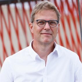 MICHAEL KIRKEBY,   Kommunikationsrådgiver, partner   tlf. +45 2672 2024 mki@kontekstkommunikation.dk