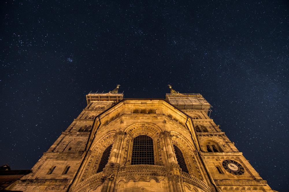 Bamberger Dom bei Nacht