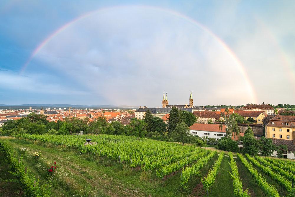 Regenbogen Über dem Welterbe Bamberg