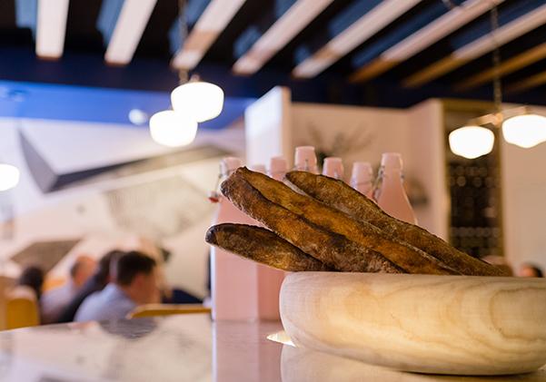 Bread_dinner@2x300w.jpg