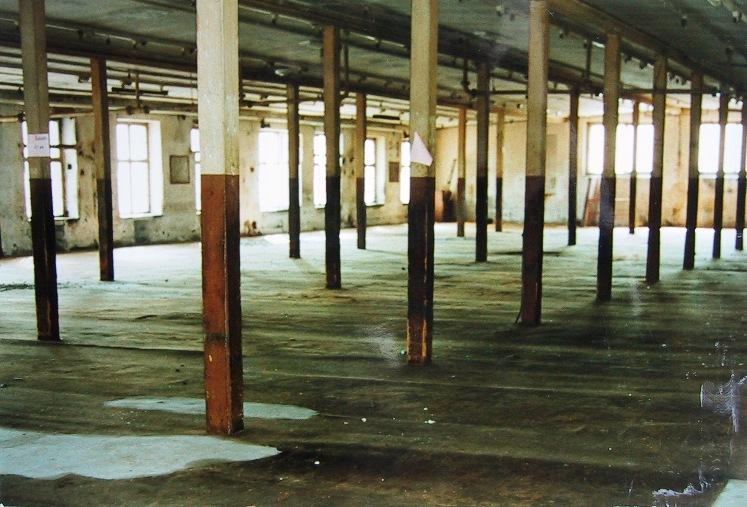 Leerer Fabrikssaal  Foto 1980er-Jahre Gemeindearchiv Thüringen