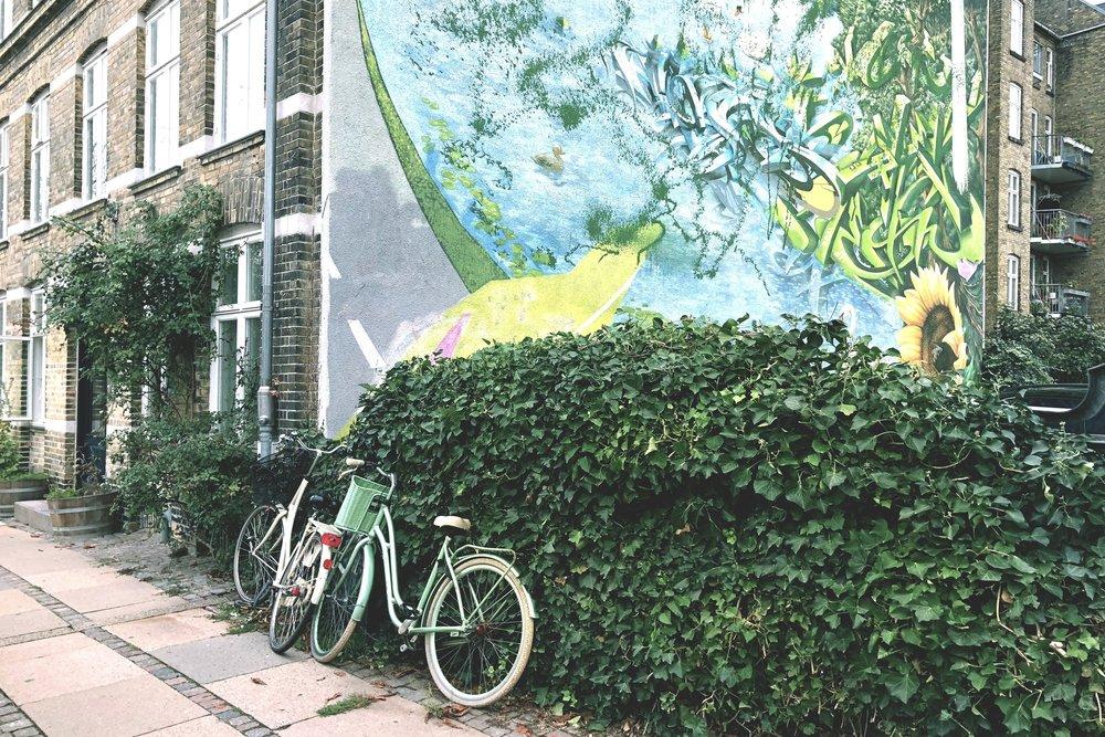 Urban Air - grafitti_edit.jpg