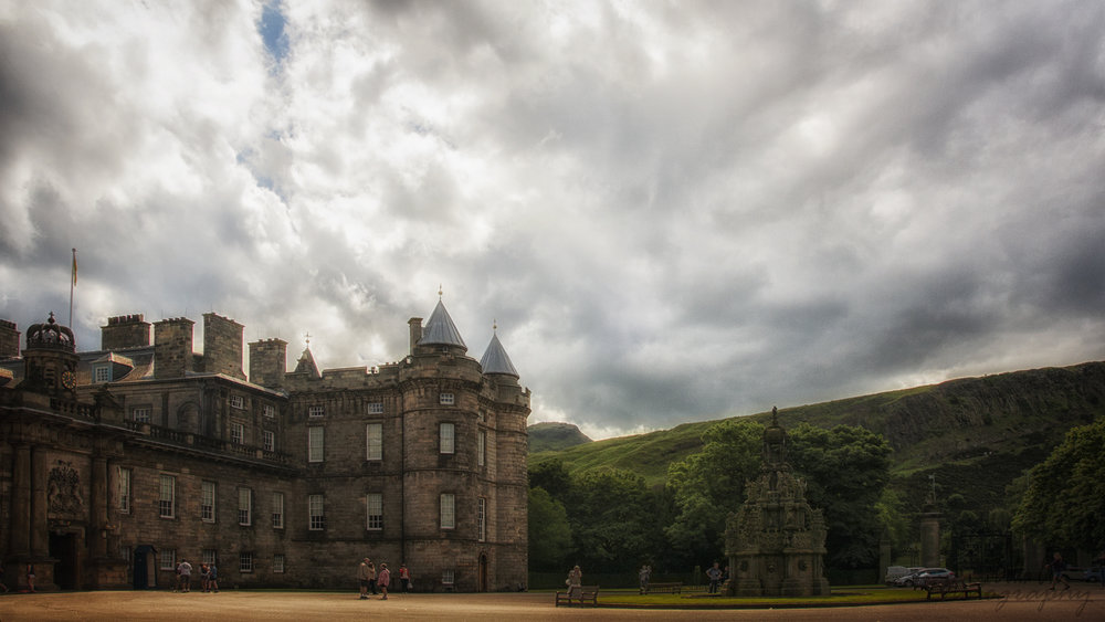 Edinburgh Photo Walking Tour Holyrood Palace