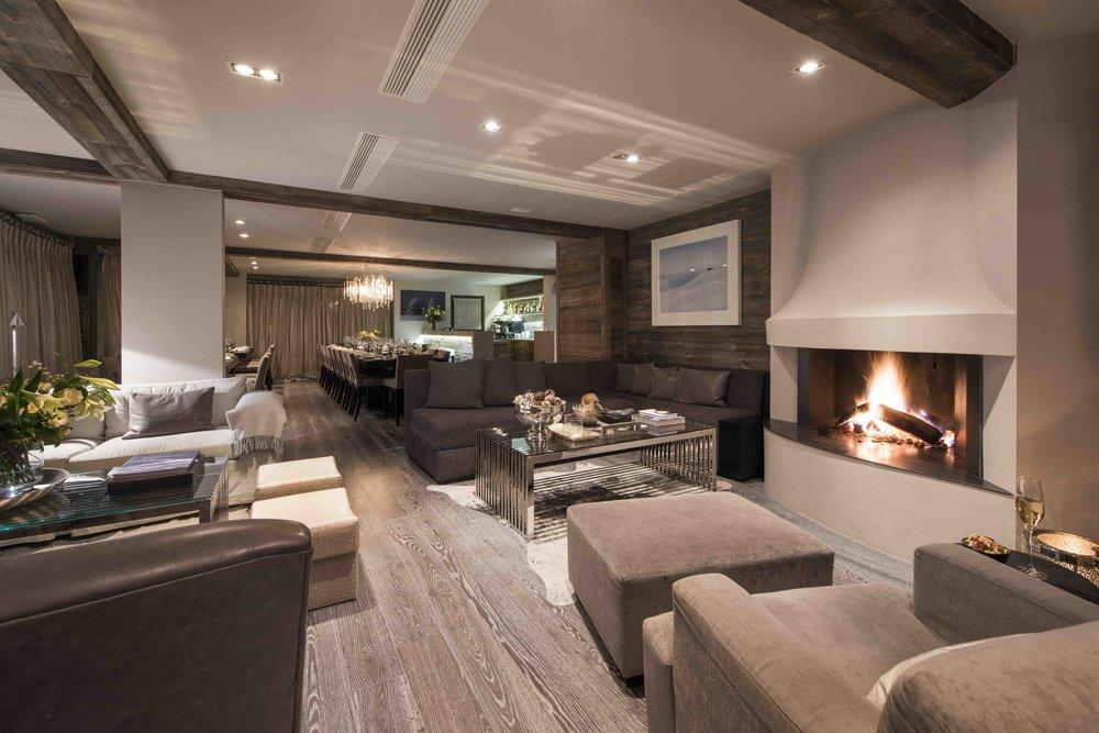 Living room 3*.jpg