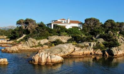 Villa, Sardinina.jpeg