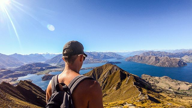 """👌"" One does not simply walk up mountains... but ""I want to see mountains again, Gandalf, mountains."" 🗾🇦🇺🏔 #lotr #royspeak #nz #gopro #gopro6"