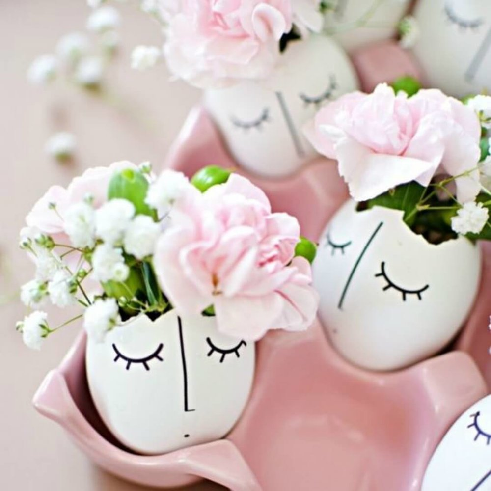 diy-whimsy-illustrated-eggshell-centerpiece