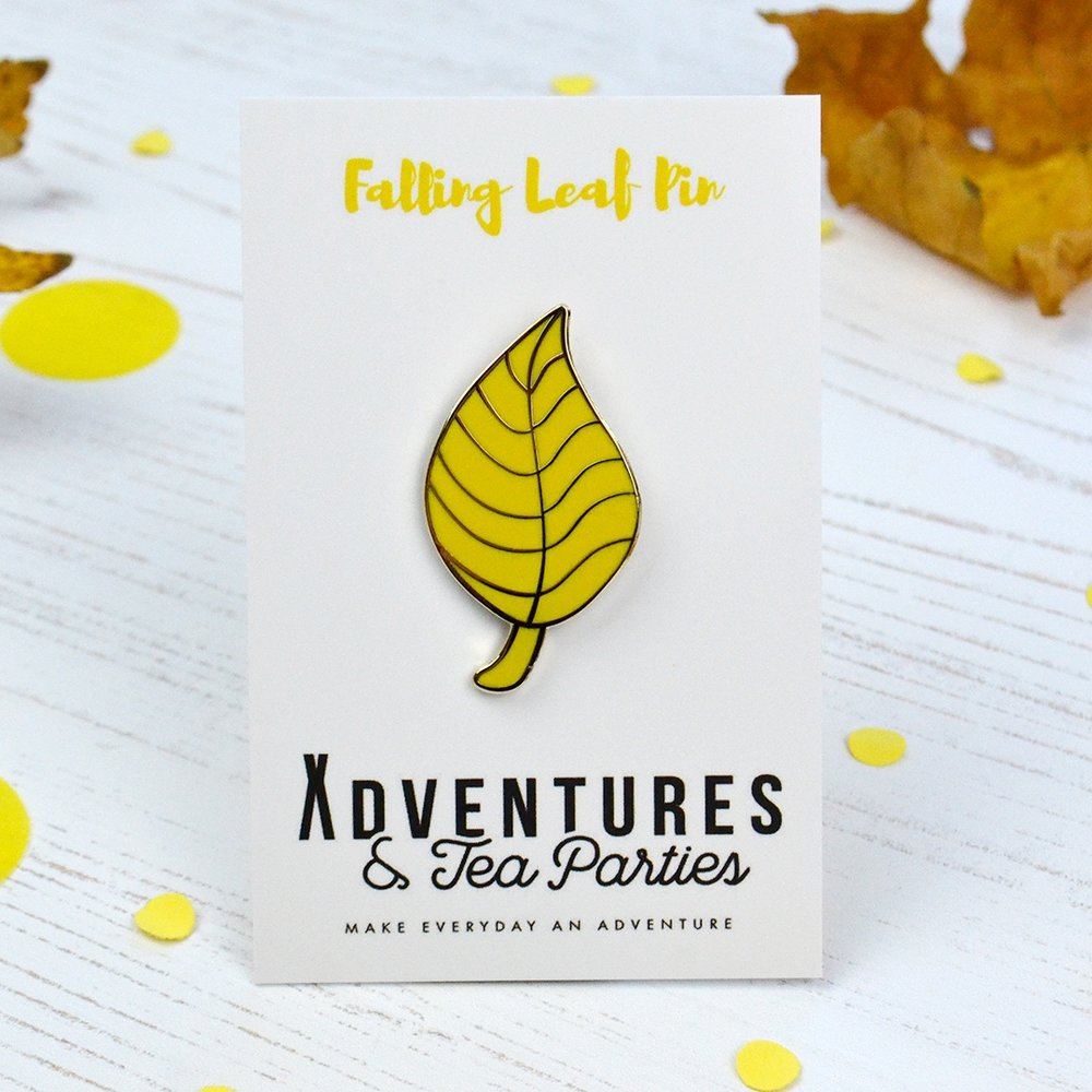 yellow leaf brooch