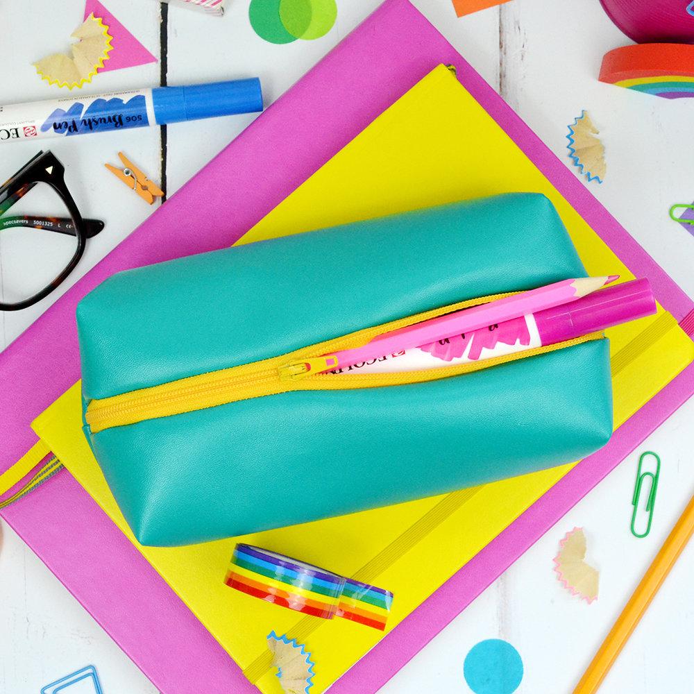 pencil-case-007.jpg