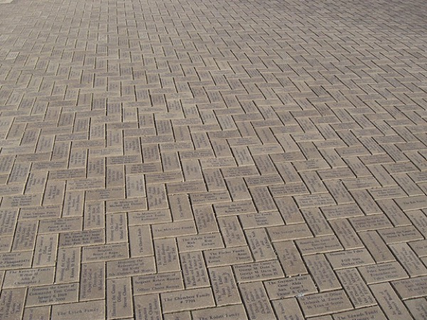 Bricks 1.jpg