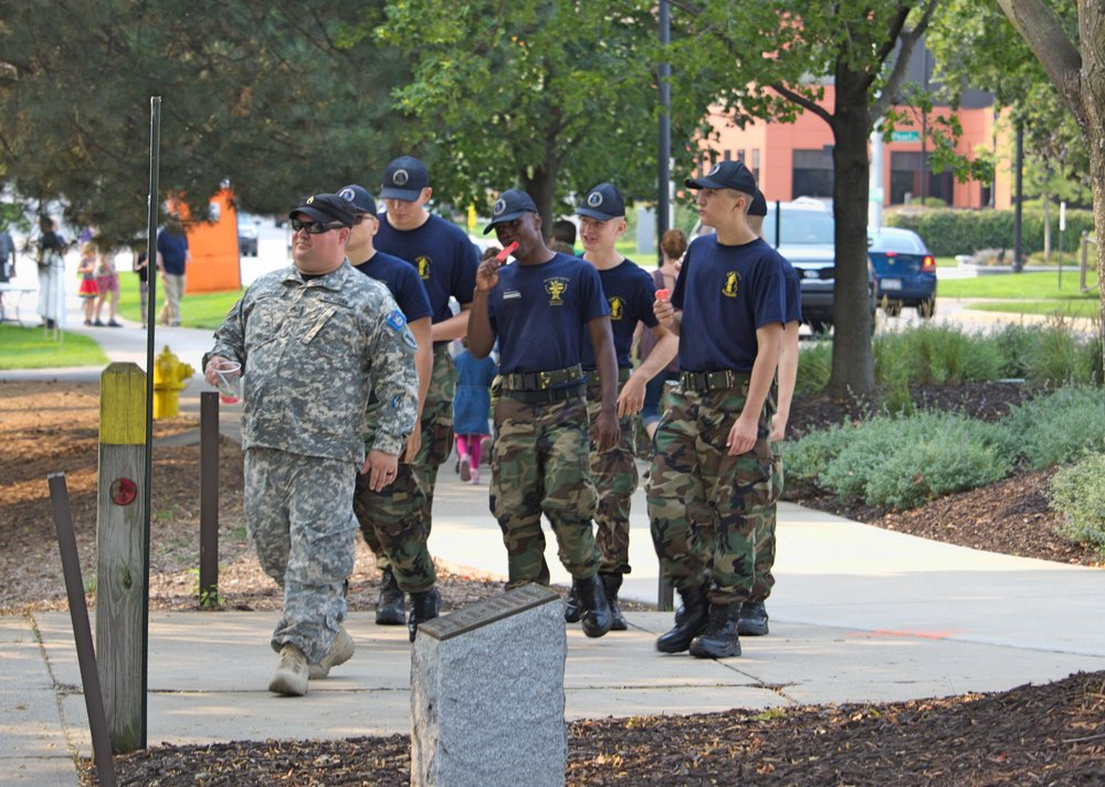 I had no idea who these guys were when I snapped the picture. I just saw a group of guys in fatigues eating popsicles and got a giggle out of it so I grabbed my camera. Probably my favorite of the day. I think they were ROTC.
