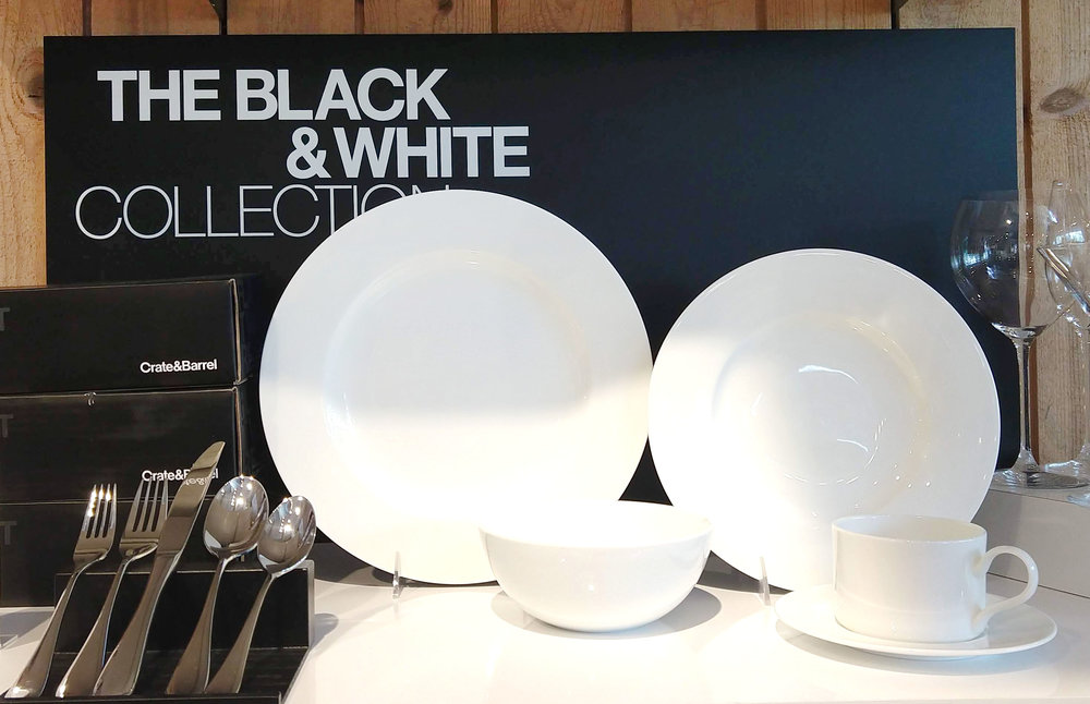 BLACK & WHITE COLLECTION SIGNAGE // 2018