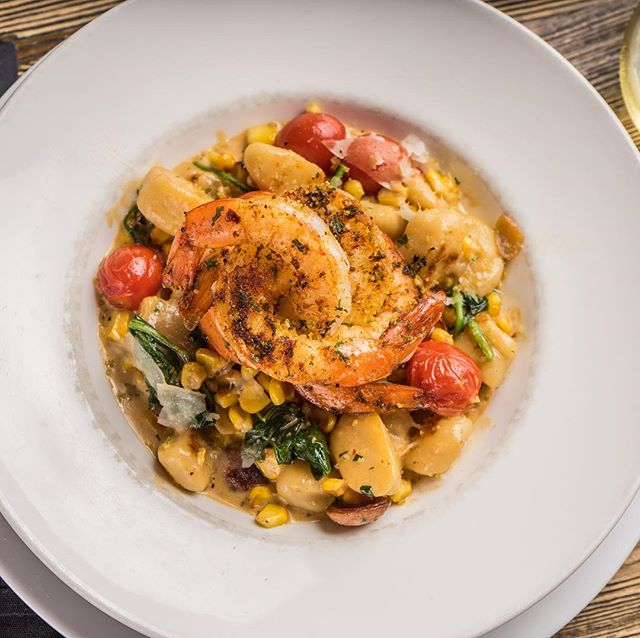 We have a new #menu! Stop by today and let us know your new favorite dish! #rossandhall #newmenu #shrimpandgnocchi