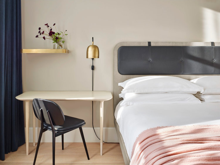11 Howard  11 Howard, a 221-room boutique hotel in New York City's fashionable SoHo district, combines cutting-edge Scandinavian design with socially conscious hyperlocalism to create an unforgettable hospitality experience.