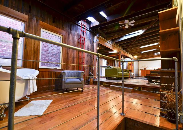 Redwood Vacation Rental - 855 New Navy Base Rd