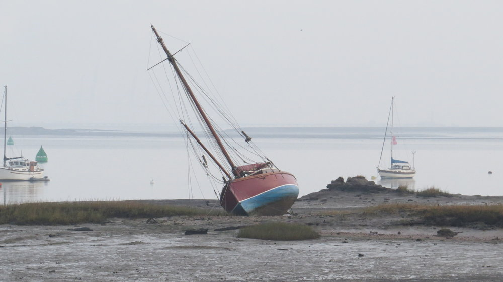 Yacht tilting