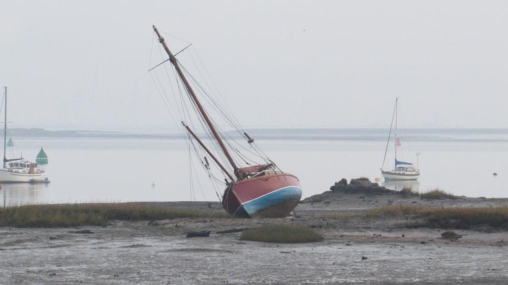 Tilting Yacht