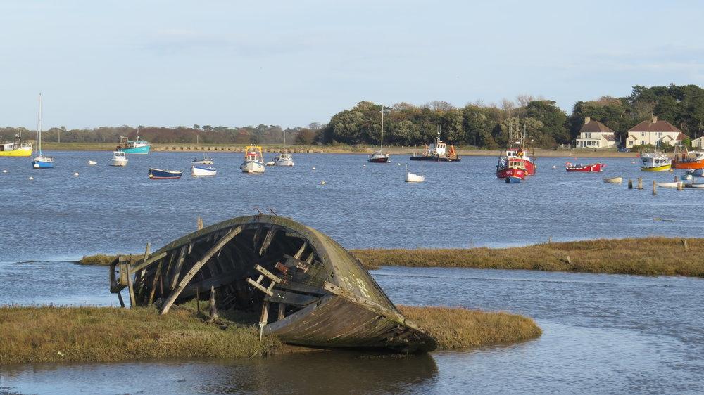 Decaying Hull