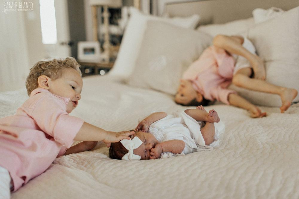 1342-san-antonio-newborn-lifestyle-photographer.jpg