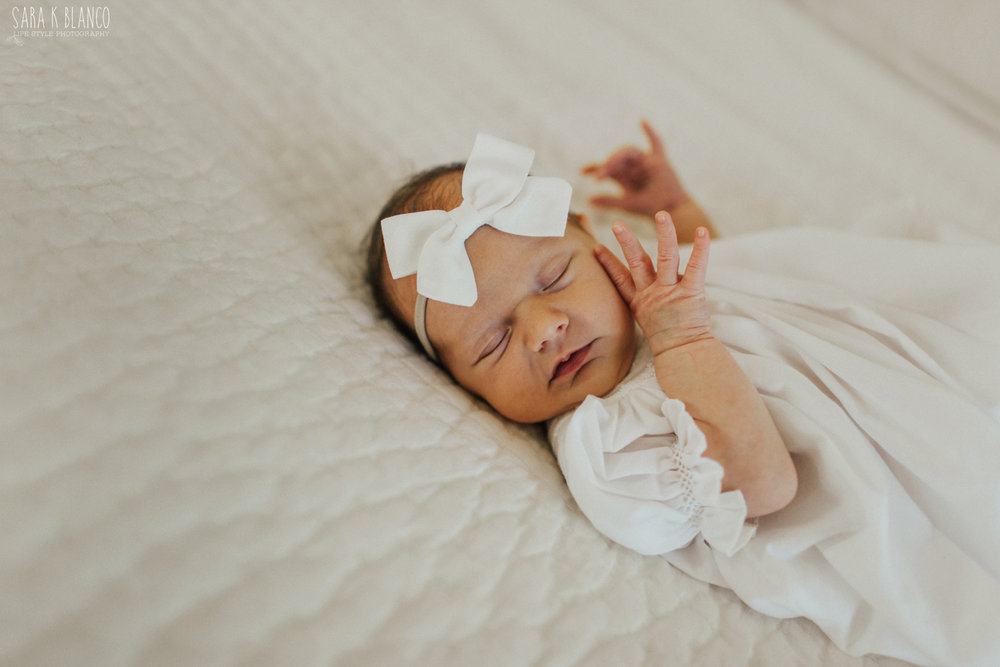 1357-san-antonio-newborn-lifestyle-photographer.jpg