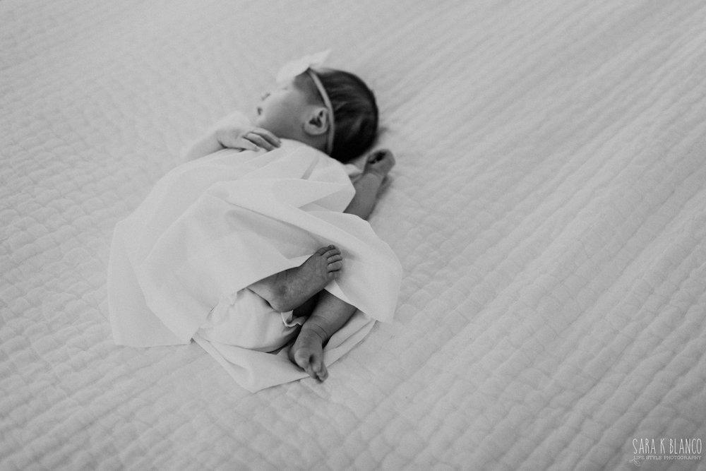 1358-san-antonio-newborn-lifestyle-photographer.jpg