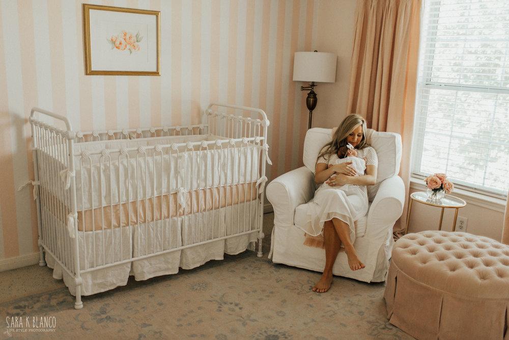 1362-san-antonio-newborn-lifestyle-photographer.jpg