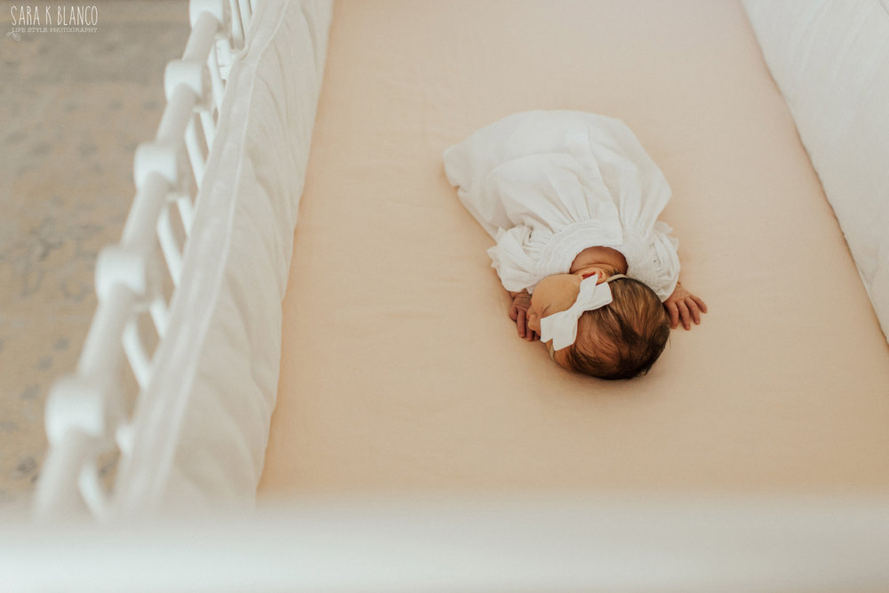 1371-san-antonio-newborn-lifestyle-photographer.jpg