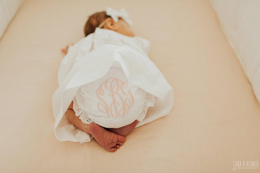 1372-san-antonio-newborn-lifestyle-photographer.jpg