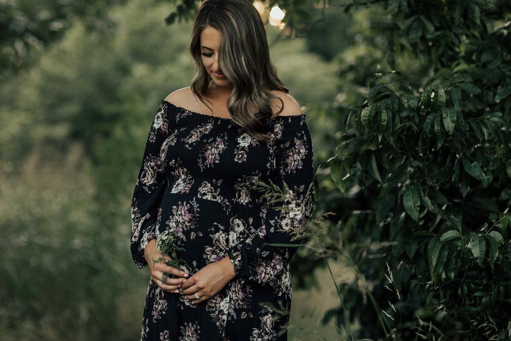 1679_san-antonio-outdoor-maternity-photography.jpg